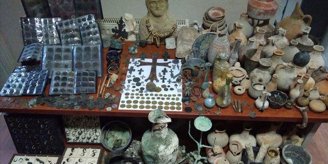 Kütahya'da 5 bin 365 parça tarihi eser ele geçirildi