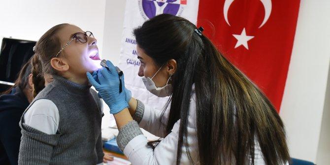 Göçmen çocuklardiş sağlığı eğitiminde