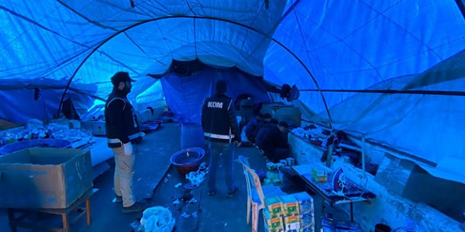 Sultangazi'de kaçak nargile tütünü operasyonu