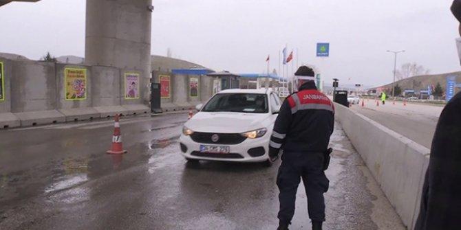 Ankara'ya giriş çıkış denetimleri sürüyor