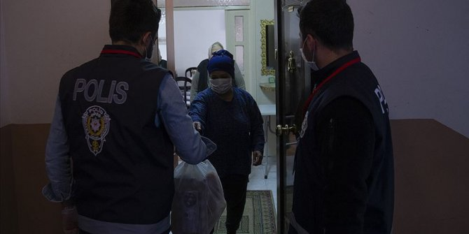 Türk polisi 175 yıldır vatandaşın yanında