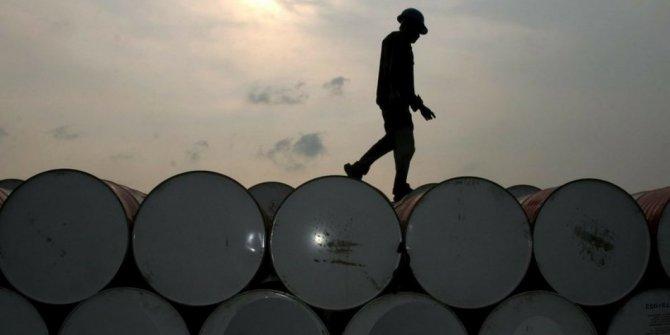 Rusya, petrol üretimini yüzde 19 azaltacak