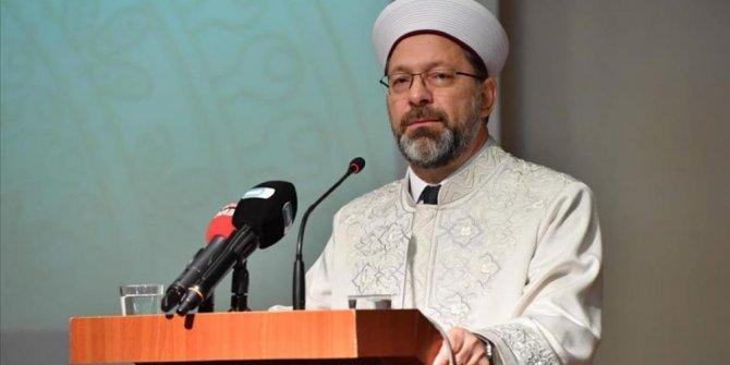 Ali Erbaş: Namahrem eli minarelerimize değmiş oldu