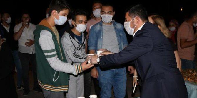 Nevşehir'de Ayasofya Müzesinin camii oluşu nedeniyle şerbet dağıtıldı