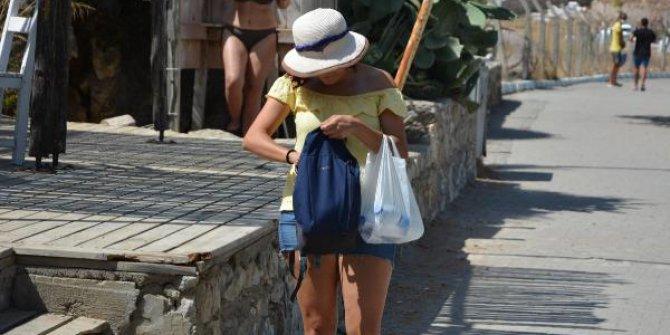 Maskeler çantadan, cepten çıktı
