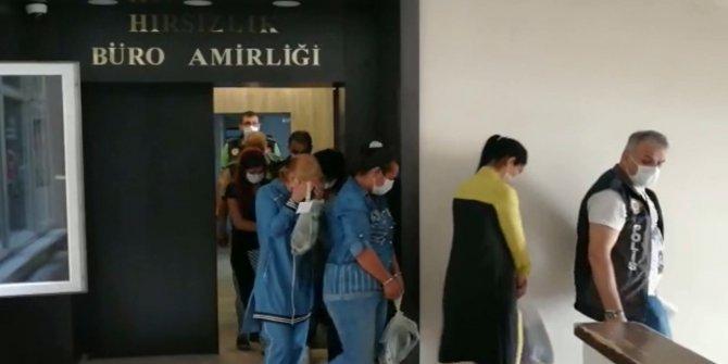 Şampuan kutusu parçalarıyla girdikleri 11 evi soyan 5 kadın tutuklandı