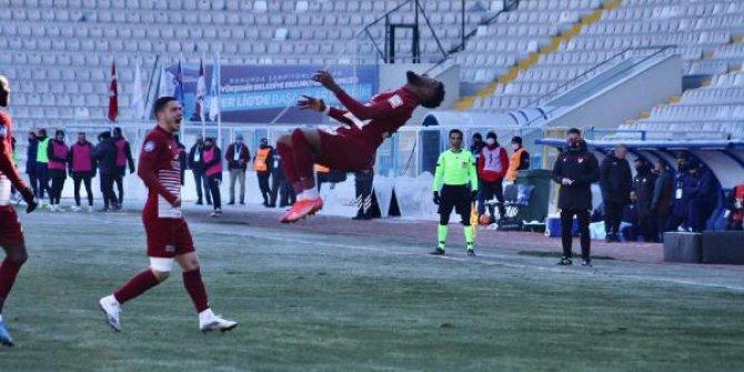 Süper Lig'in taklacı golcüsü Boupendza, Rusya yolcusu
