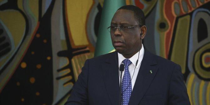 Senegal Cumhurbaşkanı Sall: Gelişmiş ülkeler aşılamaya başlarken COVAX'tan aşı bekleyemezdim