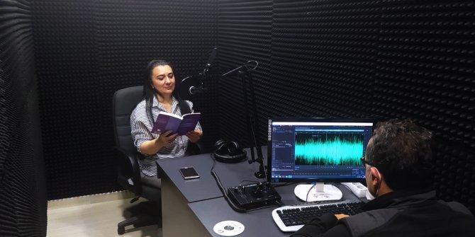 Görme engelli vatandaşlardan Sesli Kütüphane'ye büyük ilgi