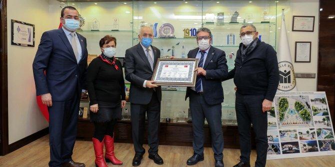 Başkan Yaşar'a OSİAD'tan ziyaret
