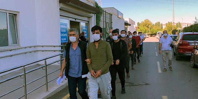 Adana merkezli 3 ilde göçmen kaçakçılarına operasyon: 8 gözaltı