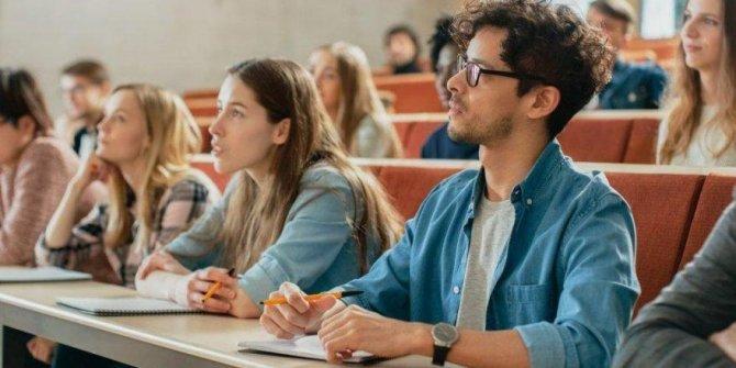 Öğrencilerden şartlı geçiş talebi