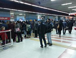 Çayyolu Metrosu Talebi Karşılamıyor