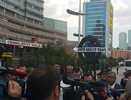 Gazilerden CHP'ye Siyah Çelenk
