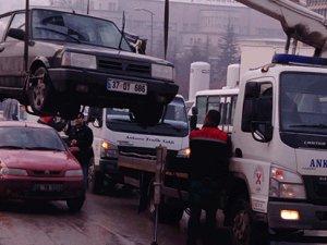 Adnan Saygun Caddesi'nde araç parkına dikkat