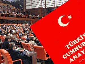 """Yeni Anayasa'ya: """"EVET"""" Kaosa: """"HAYIR"""""""