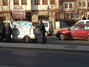 Çöp arabası YOLDA KALDI