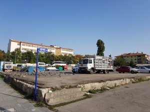 Balgat'ta pazar yerine otopark talebi