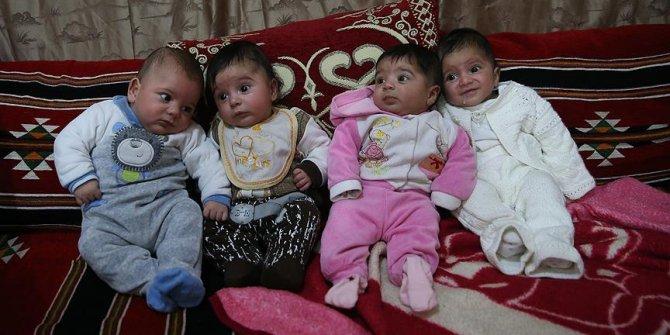 Suriyeli aile dördüzlerine Erdoğan, Emine, Sümeyye, Tenzile isimlerini verdi