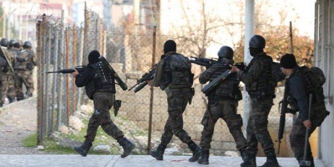 PKK çukurlarını kapatan uzman askerler Afrin yolcusu