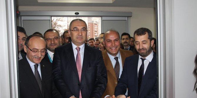 Ankara Onkoloji Eğitim ve Araştırma Hastanesi'nin 'Acil Servis'i yeniden hizmette