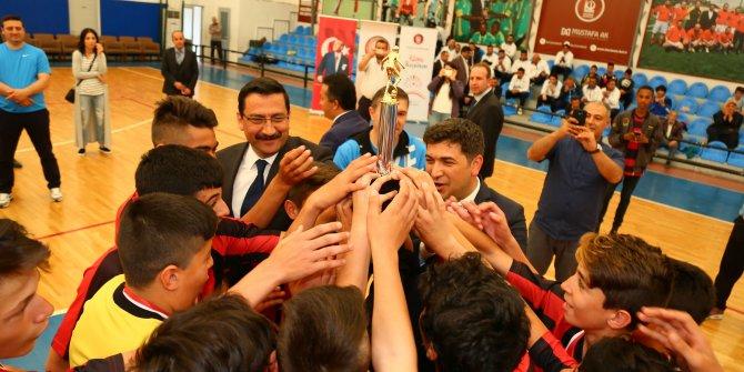 Keçiören'de okullar ligi başladı