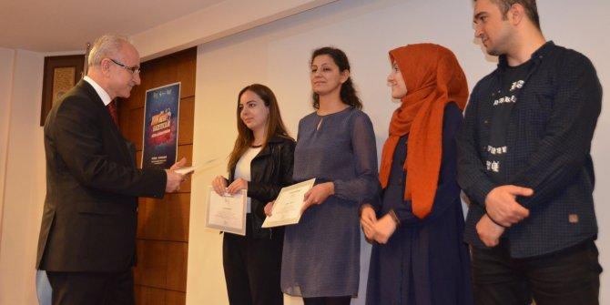 Yeni gazeteciler sertifikalarını aldı