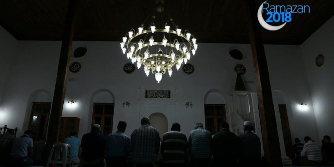 Stratonikeia Antik Kenti'ndeki camide 32 yıl sonra ilk teravih
