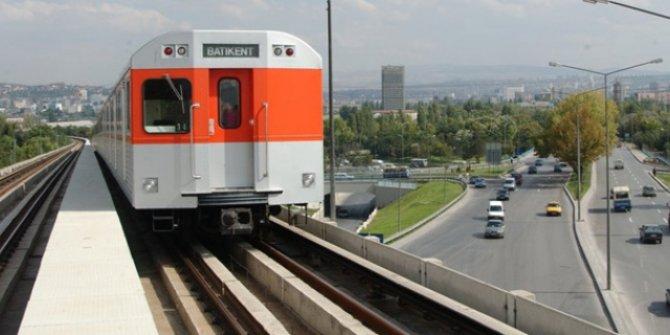 Ankaralılar metronun 24 saat olacağı günü bekliyor