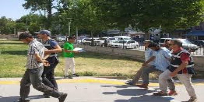 """Kırşehir'de """"Kırmızı motosiklet"""" cinayet zanlılarını ele verdi"""