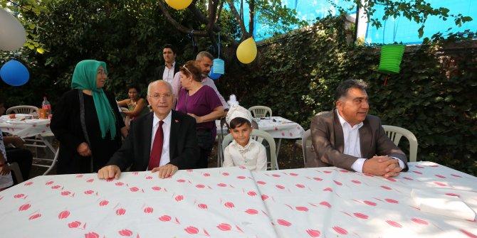 Başkan Yaşar'dan sünnet ziyareti