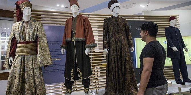 PTT Pul Müzesi'nde 9 çeşit postacı kıyafeti