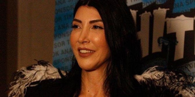 """Popçu Hande Yener: """"Biz alkış bağımlısı zavallılarız"""""""