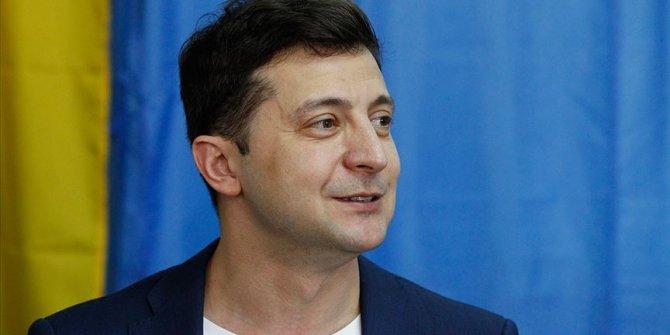 Ukrayna'da seçimi Zelenskiy kazandı