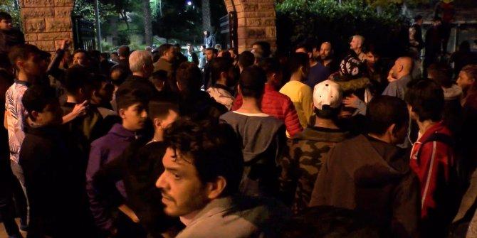Beyoğlu'nda taciz iddiası! Mahalleli sokağa döküldü