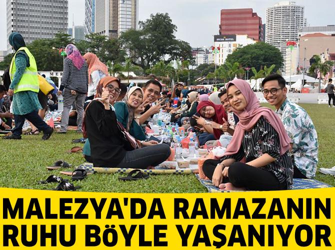 Malezya'da ramazanın ruhu toplu iftar etkinlikleriyle yaşanıyor