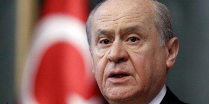Bahçeli 50 başkanı Ankara'ya çağırdı