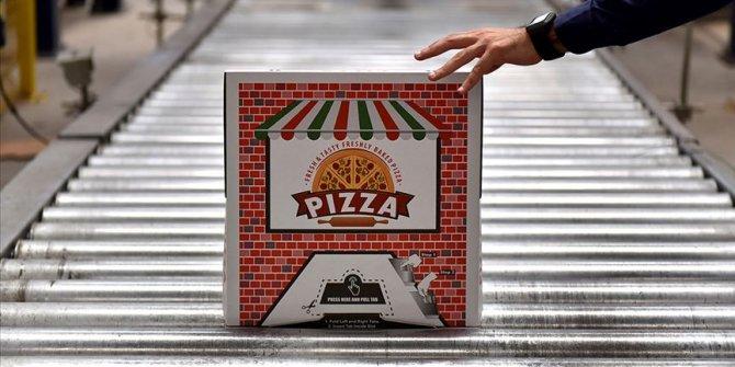 'Kilitli pizza kutusu' dünyaya açıldı