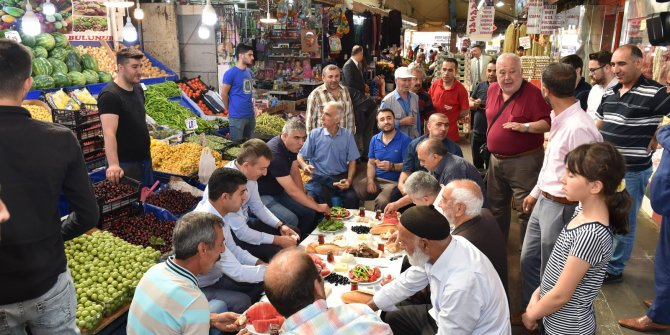 Başkan Asım Balcı Ulus esnafıyla kahvaltıda buluştu