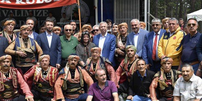 """Mansur Yavaş Aluçdağı Milli Parkı'nda gerçekleştirilen """"Büyük Çamlıdere Festivali""""ne katıldı"""