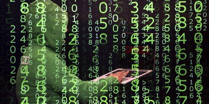 Eski Microsoft çalışanına 'dijital hırsızlık' suçlaması