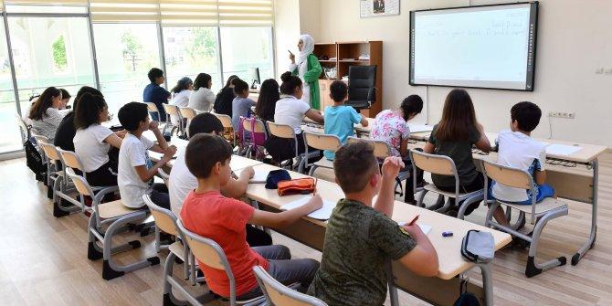 Büyükşehir Belediyesi bünyesindeki yaz okullarına ilgi yüksek