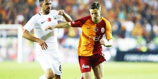 Galatasaraylı yıldıza büyük şok