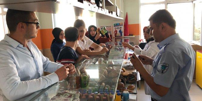 Pursaklar Belediyesi zabıta ekipleri okul kantinlerini denetledi