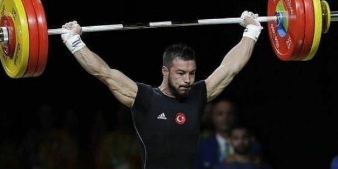 Daniyar İsmayilov dünya ikincisi oldu