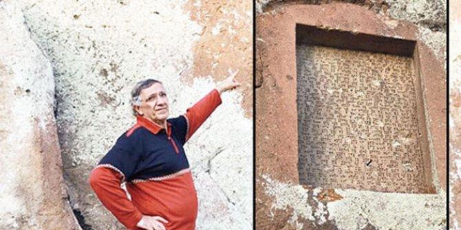 Urartu çivi yazıtına murç