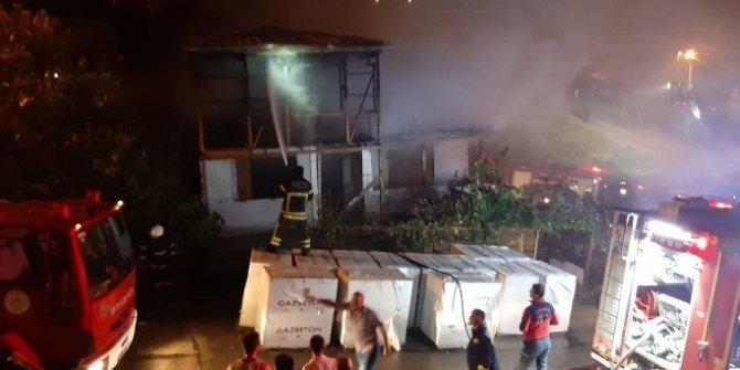 Uzaklaştırma cezası alan kayınpeder gelininin evini yaktı