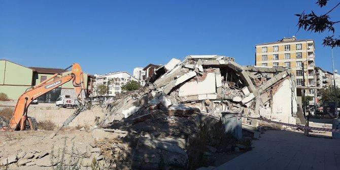 Ziraat Bankası'nın Hamamönü Şubesi yıkıldı