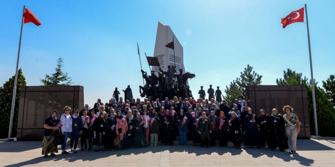 """5 bin Altındağlı, """"Ankara'yı Tanıyoruz"""" projesi kapsamında Ankara'yı tanıdı"""