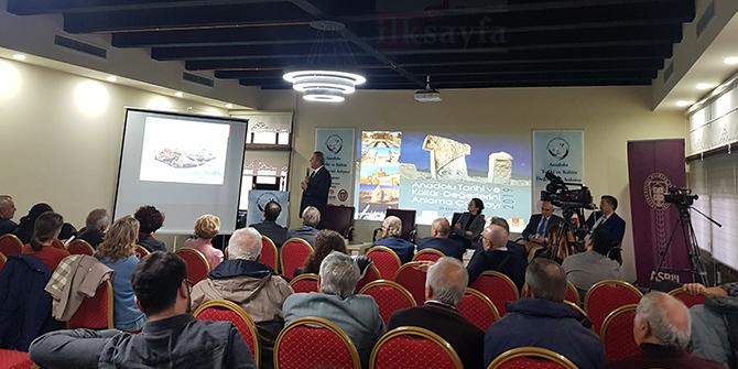"""Başkentte """"Anadolu Tarihi ve Kültür Değerlerini Anlama Çalıştayı"""" yapıldı"""